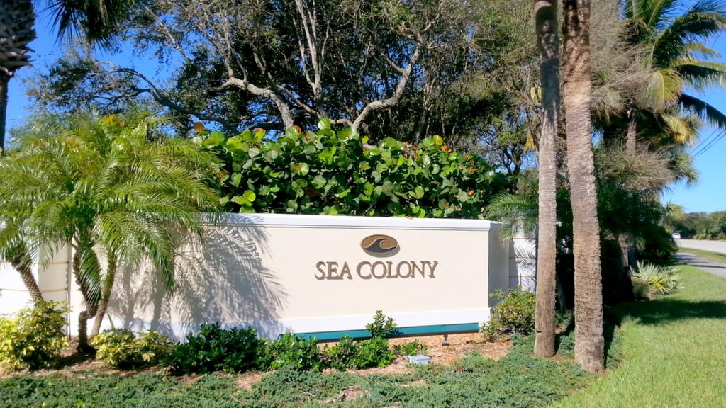 8 West Sea Colony Drive