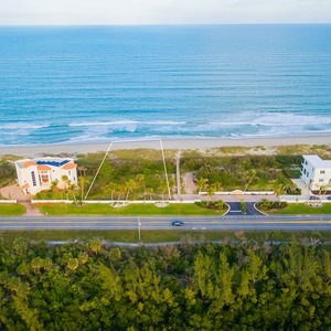 4566 N A1a North Hutchinson Island 34949